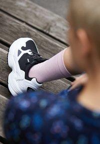 adidas Originals - FALCON TRAIL - Trainers - core black/footwear white - 4