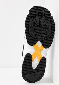 adidas Originals - FALCON TRAIL - Trainers - core black/footwear white - 8