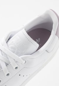 adidas Originals - STAN SMITH  - Tenisky - footwear white/soft vision/offwhite - 2