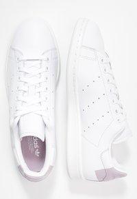 adidas Originals - STAN SMITH  - Tenisky - footwear white/soft vision/offwhite - 3