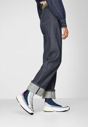KIELLOR XTRA - Sneaker high - collegiate navy/grey one