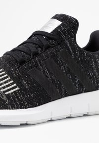 adidas Originals - SWIFT RUN  - Trainers - core black/silver metallic/footwear white - 2