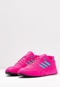 adidas Originals - A.R. TRAINER - Trainers - shock pink/hi-res aqua/ice mint - 4