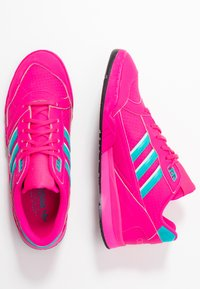 adidas Originals - A.R. TRAINER - Trainers - shock pink/hi-res aqua/ice mint - 3