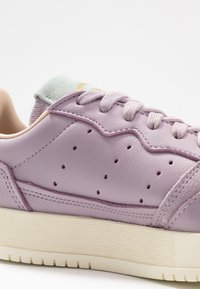 adidas Originals - SUPERCOURT - Sneakersy niskie - soft vision/ice mint - 2