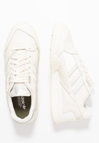 adidas Originals - TRAINER - Sneakers - offwhite/raw white/ecru tint - 5