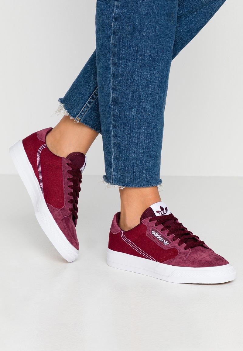 adidas Originals - CONTINENTAL  - Matalavartiset tennarit - maroon/footwear white/collegiate burgundy