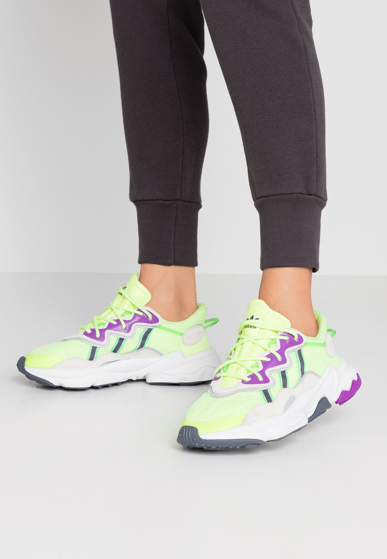 adidas Originals OZWEEGO ADIPRENE+ RUNNING-STYLE SHOES - Baskets basses hi-res yellow/orchid tint/shock lime