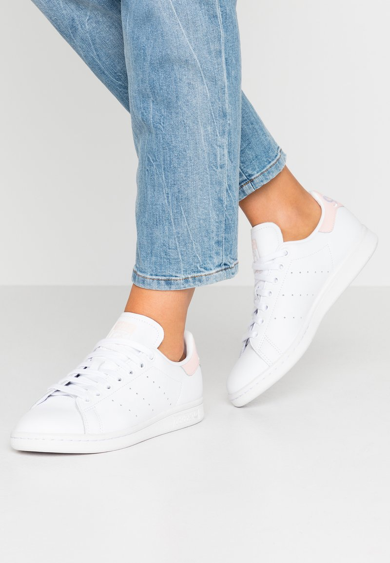 adidas Originals - STAN SMITH - Baskets basses - footwear white/ice pink