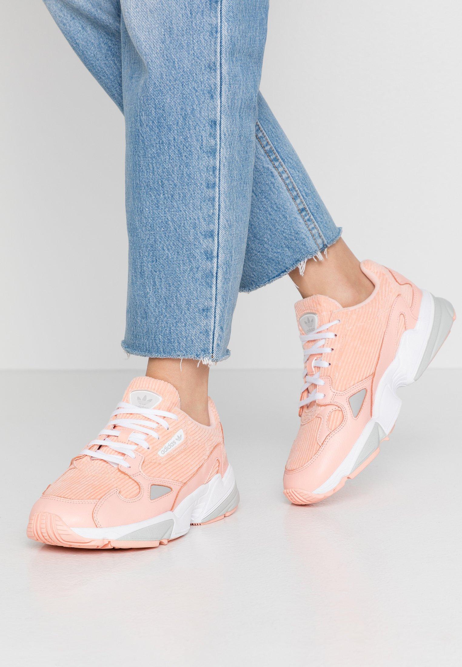 adidas Originals FALCON Sneakers laag glow pinkgrey two