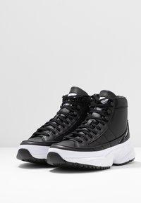 adidas Originals - KIELLOR XTRA  - Høye joggesko - core black/footwear white - 4