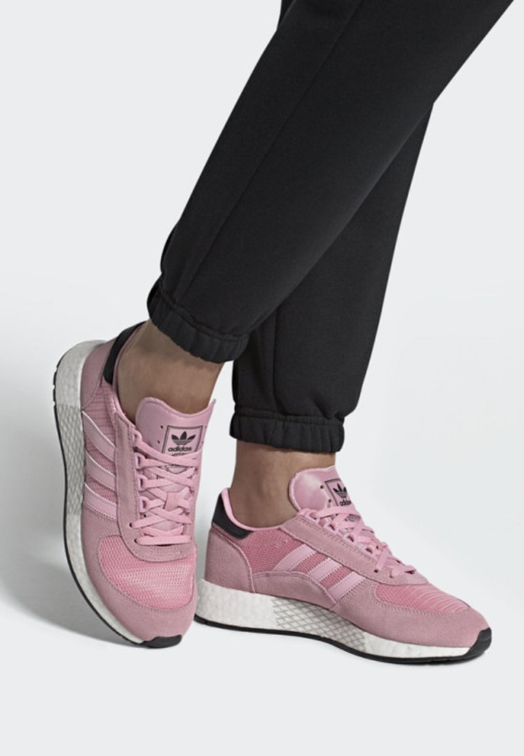 adidas Originals - MARATHON TECH SHOES - Trainers - pink