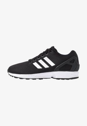 ZX FLUX - Sneakers basse - clear black/footwear white/clear pink