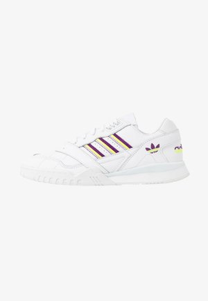 TRAINER  - Baskets basses - footwear white/glow purple/solar yellow