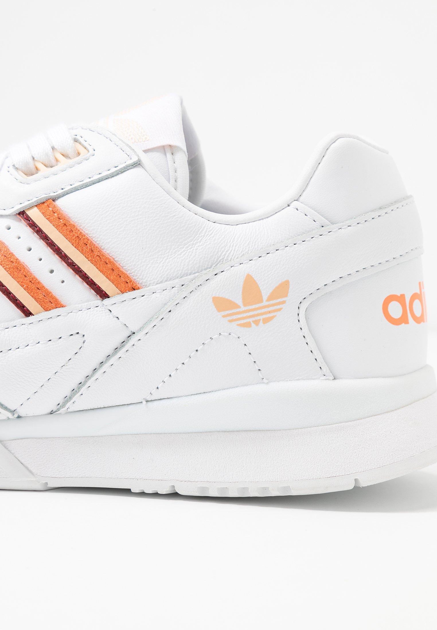 Adidas Originals A.r. Trainer - Sneakers Laag Footwear White/amber Tint/glow Orange Goedkope Schoenen