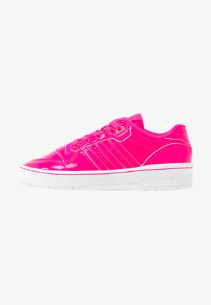 RIVALRY - Trainers - shock pink/footwear white