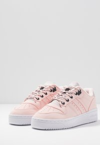 adidas Originals - RIVALRY - Trainers - halo pink/trace green - 4