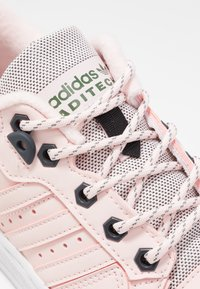 adidas Originals - RIVALRY - Trainers - halo pink/trace green - 2