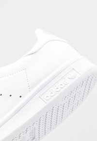 adidas Originals - STAN SMITH - Sneakers laag - footwear white/glow pink - 2