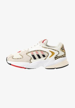 2000 W - Sneakers laag - chalk white/offwhite/scarlet