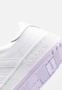 adidas Originals - MODERN COURT - Sneakers laag - footwear white - 2