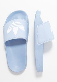 adidas Originals - ADILETTE LITE - Muiltjes - periwinkle/footwear white - 3