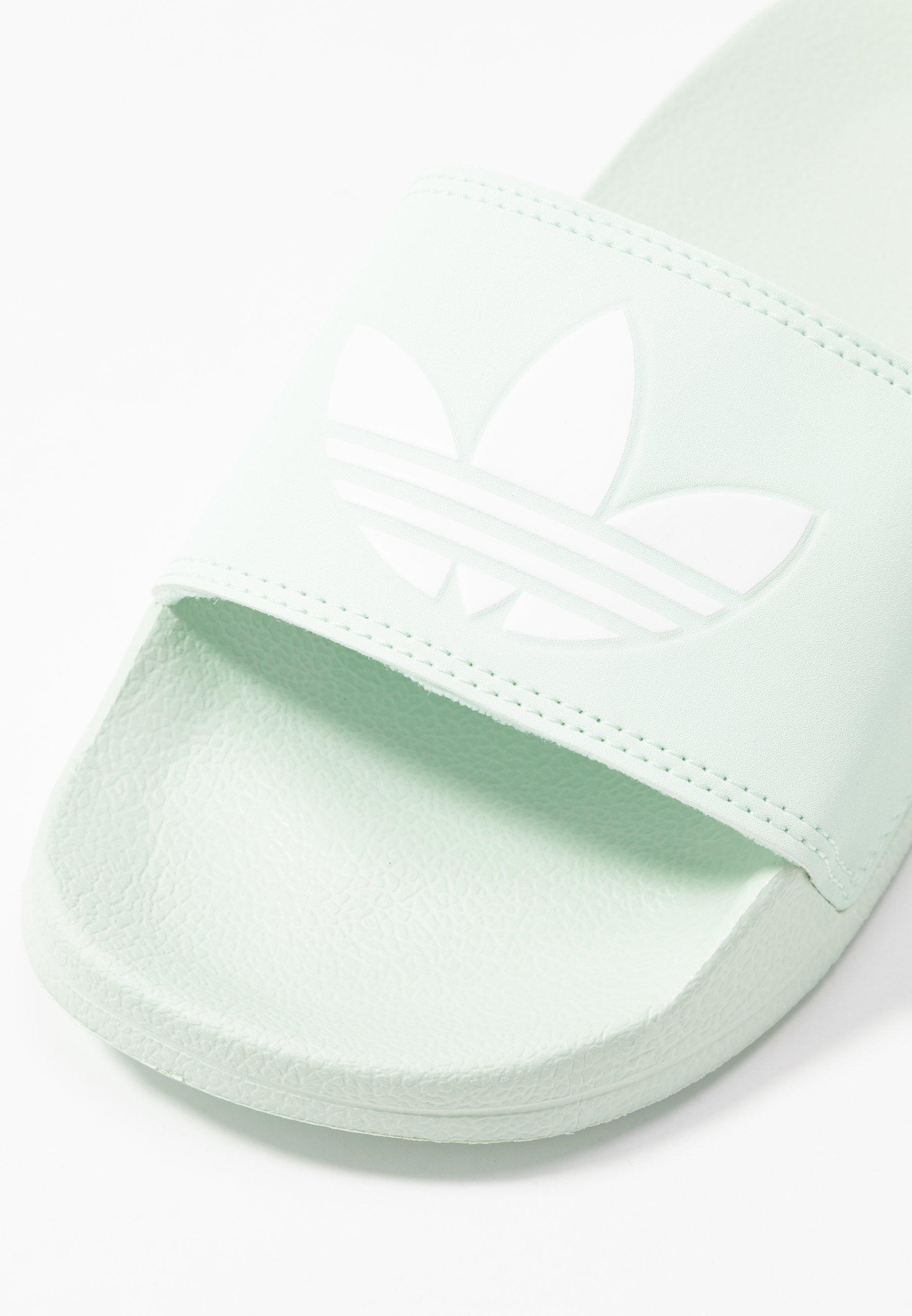 adidas Originals ADILETTE LITE - Sandaler - dash green/footwear white