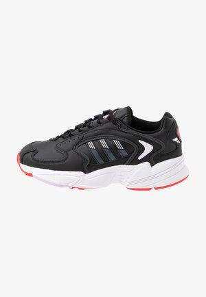 2000 - Trainers - clear black/grey six/purple tint