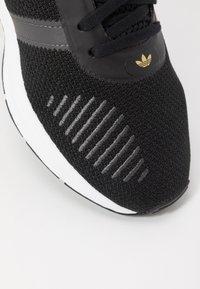 adidas Originals - SWIFT - Trainers - clear black/grey six/footwear white - 2
