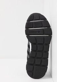 adidas Originals - SWIFT - Trainers - clear black/grey six/footwear white - 6