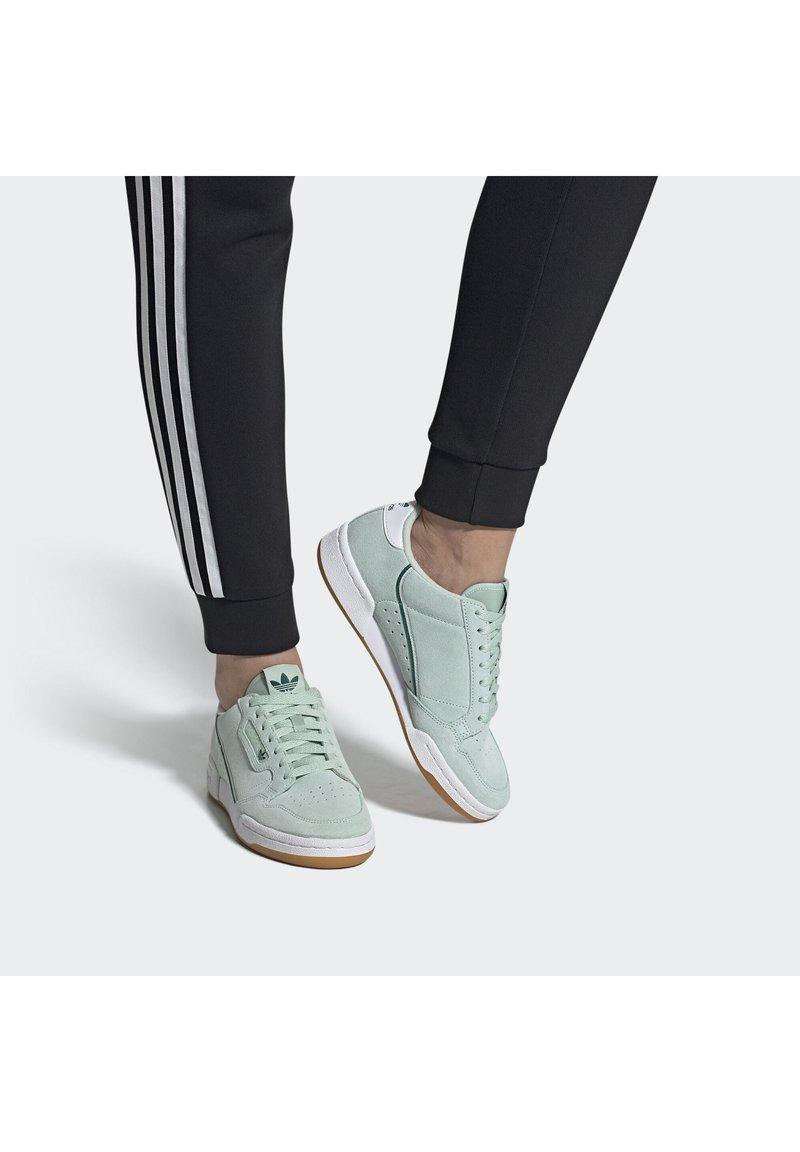 adidas Originals - CONTINENTAL 80 SHOES - Sneakers laag - green