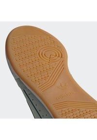 adidas Originals - CONTINENTAL 80 SHOES - Sneakers laag - green - 7