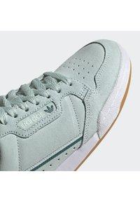 adidas Originals - CONTINENTAL 80 SHOES - Sneakers laag - green - 8
