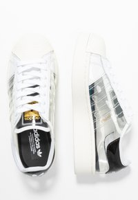 adidas Originals - SUPERSTAR BOLD - Tenisky - footwear white/offwhite/core black - 1