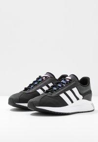 adidas Originals - SL ANDRIDGE - Joggesko - core black/footwear white - 4