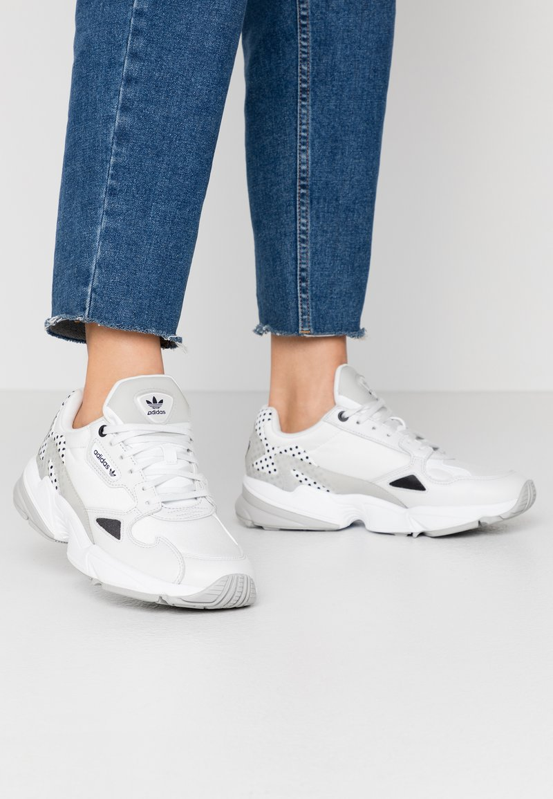 adidas Originals - Trainers - crystal white/core black/grey two
