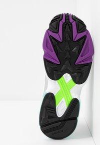 adidas Originals - Joggesko - glow pink/footwear white/core black - 6