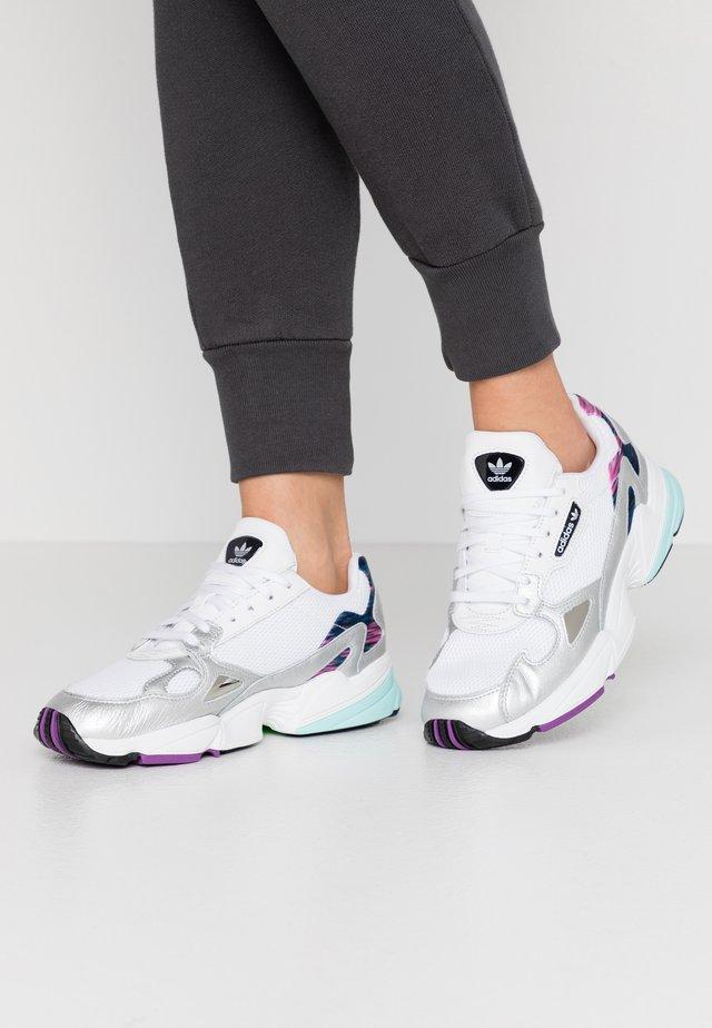 Sneakers laag - glow pink/footwear white/core black