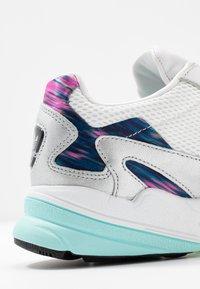 adidas Originals - Joggesko - glow pink/footwear white/core black - 2