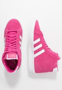 adidas Originals - BASKET PROFI WOMEN - Sneakers hoog - footwear white/gold metallic - 3