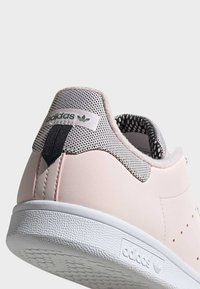 adidas Originals - STAN SMITH SHOES - Sneakers laag - pink - 7