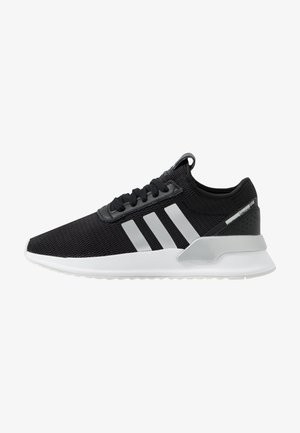 U_PATH X - Matalavartiset tennarit - core black/silver metallic/footwear white