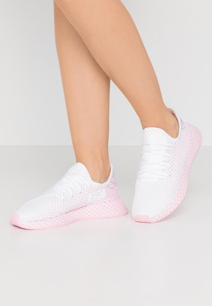 DEERUPT RUNNER - Sneakers laag - true pink/footwear white