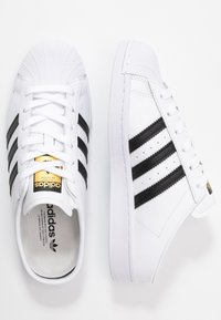 adidas Originals - SUPERSTAR - Sneakers basse - footwear white/core black - 3