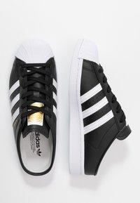 adidas Originals - SUPERSTAR - Sneakers basse - core black/footwear white - 3