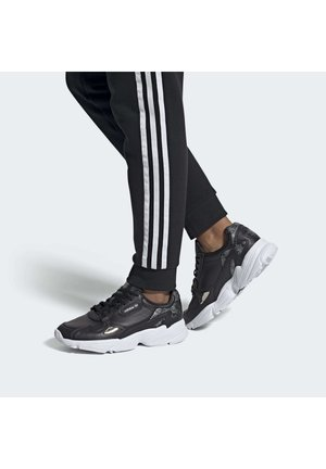 SHOES - Trainers - black