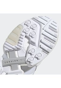 adidas Originals - ZX TORSION SHOES - Sneakers - white - 8