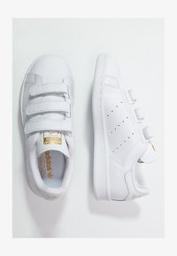 adidas Originals - STAN SMITH LACE-FREE SHOES - Baskets basses - footwear white / gold metallic - 1