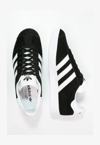 adidas Originals - GAZELLE - Sneaker low - black - 1