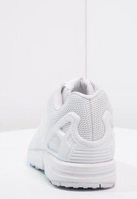 adidas Originals - ZX FLUX - Trainers - weiß - 3